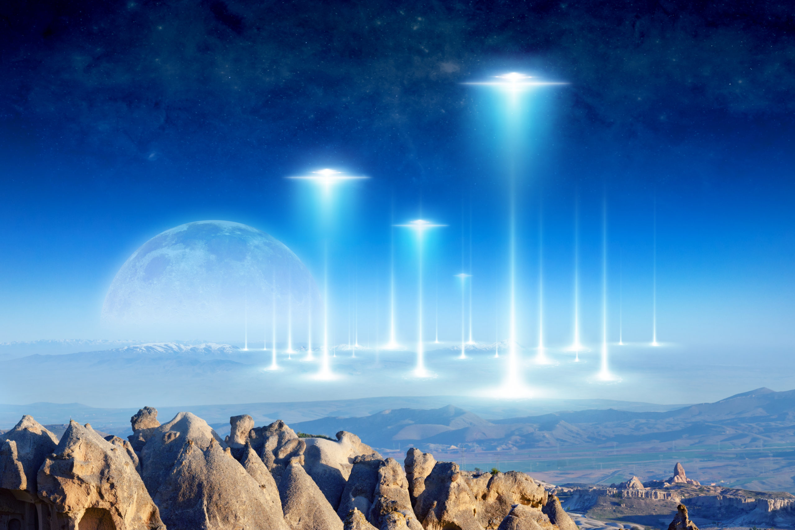 Particle Physicist Offers 75 Reasons We Don't See Aliens